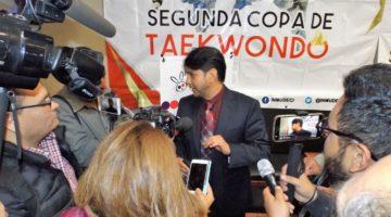 """PALAFOX COLECCIONA ÉXITOS, AHORA  DESDE EL """"TATAMI DE LA DIRIGENCIA"""""""