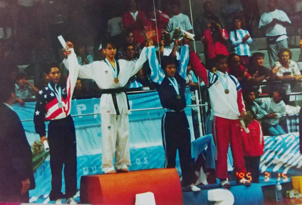 uegos Panamericanos Mar del Plata Argentina 1995 Categoria FLY 54 Kg Medalla de ORO- Rubén Palafox (MEXICO) Medalla de Plata -Sammy Pejo (USA) Medallade Boronce-Manuel Chamorro(ARGENTINA) Medalla de Bronce-Alexey Pedroso (CUBA)